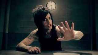 "Falling In Reverse – ""The Drug In Me Is You"""