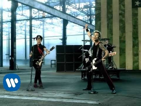 Green Day – American Idiot [OFFICIAL VIDEO]
