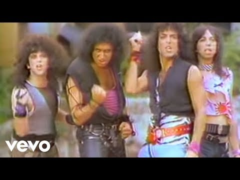 Kiss – Lick It Up (Official Music Video)