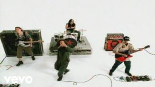 Rage Against The Machine – Guerrilla Radio (Official Music Video)